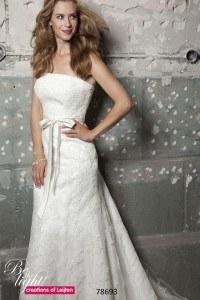 Bruidsjurk Creations of Leijten kant, Maatje meer trouwjurk, grote maat trouwjurk, bruidsmode maatje meer, volslanke bruid