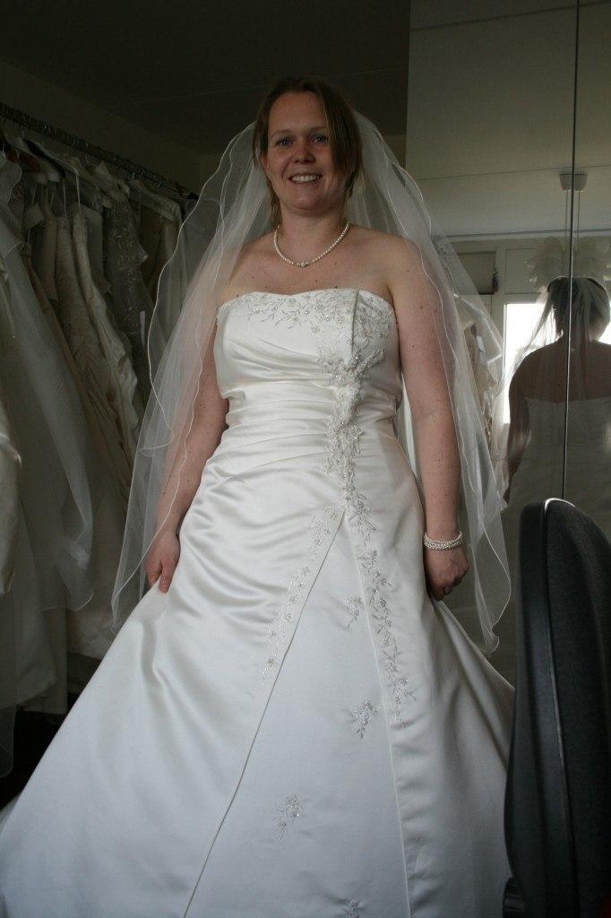 Bruid Debby