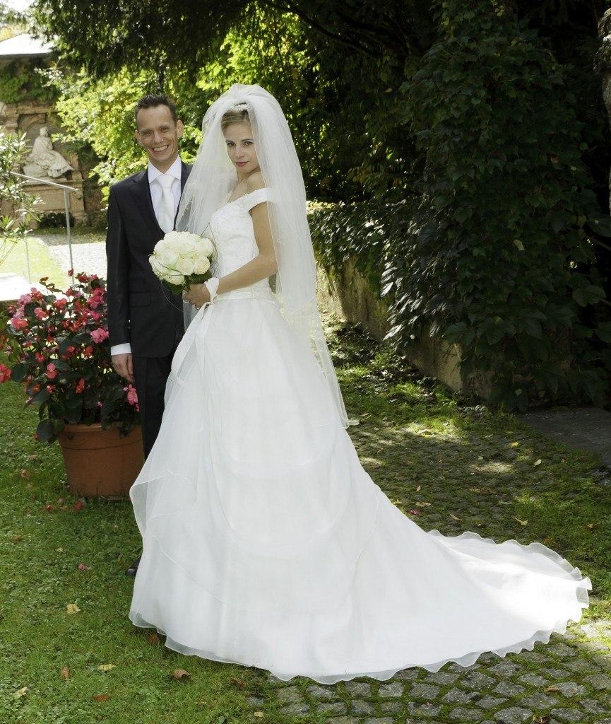 Onze bruid bruidsmode Mariska Bruid Emmanuelle