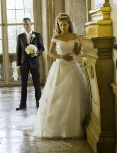 trouwen op een kasteel, Bruidsmode assendelft, zaandam, haarlem, amsterdam, bruidsjurk, trouwjurk, trouwmodeEmanuelle