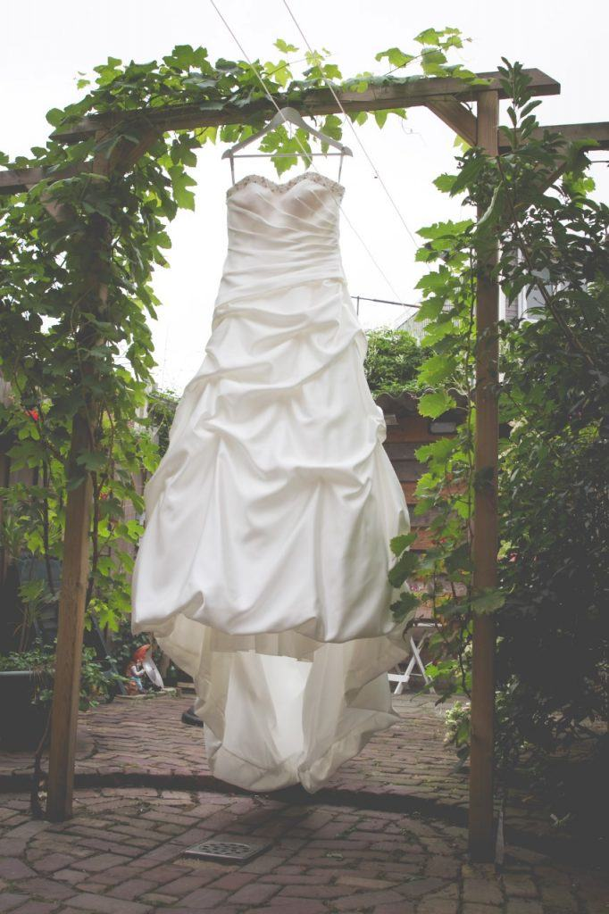 outlet bruidsjurken