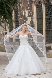 Bridalstar, tule trouwjurk