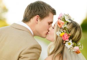 Boho Chic, Bohemian Bruidsjurk, Ibiza style bruiloft, trouwjurk, Bohemian chic bruiloft, bloemenkrans haar bruid,