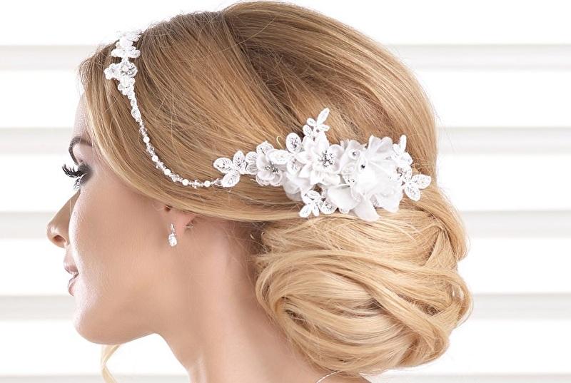 haar accessoire bruid zonder sluier