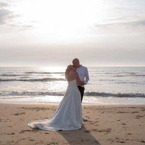 Echte bruid Allure strand