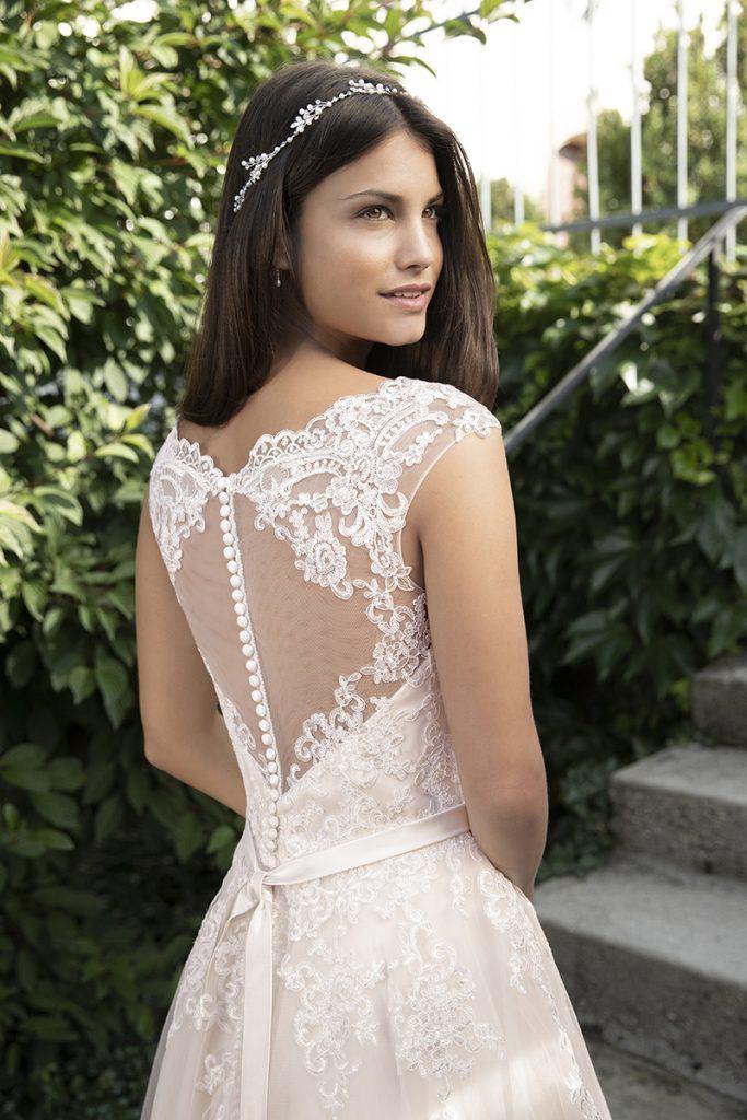 bruidsmode trend 2020 kanten trouwjurk