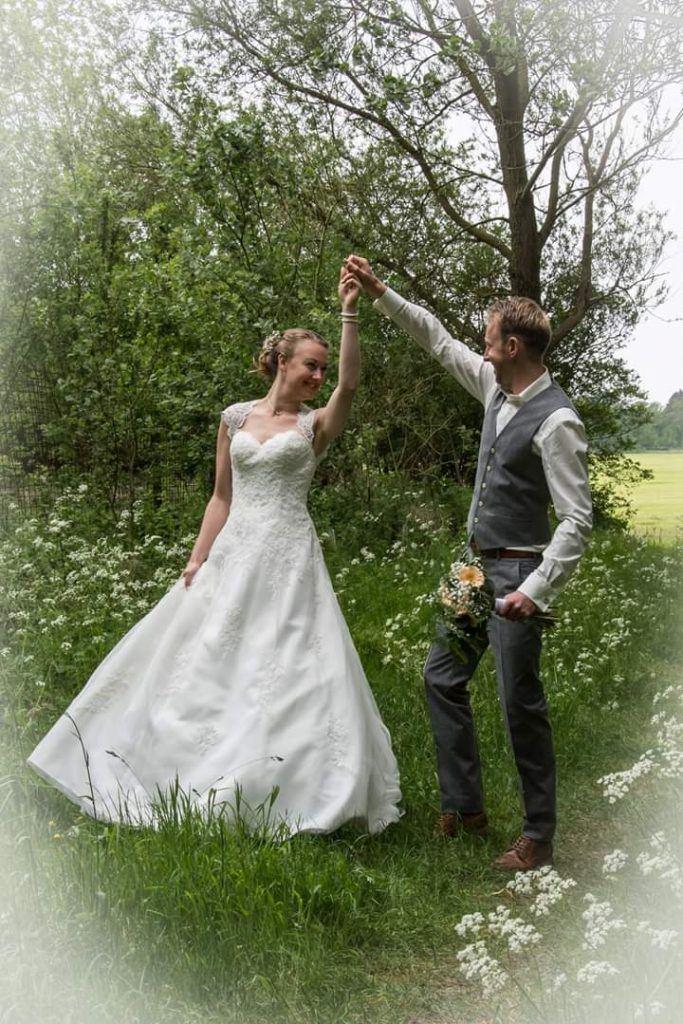 Bruid bruidjurk bruidsmode trouwjurk trouwjurken bruidsjurken bruidsmode mariska Echte bruiden